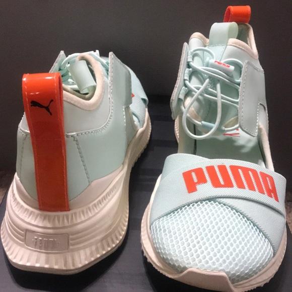 sale retailer 5626f 902ed Fenty Avid Wns Sneaker